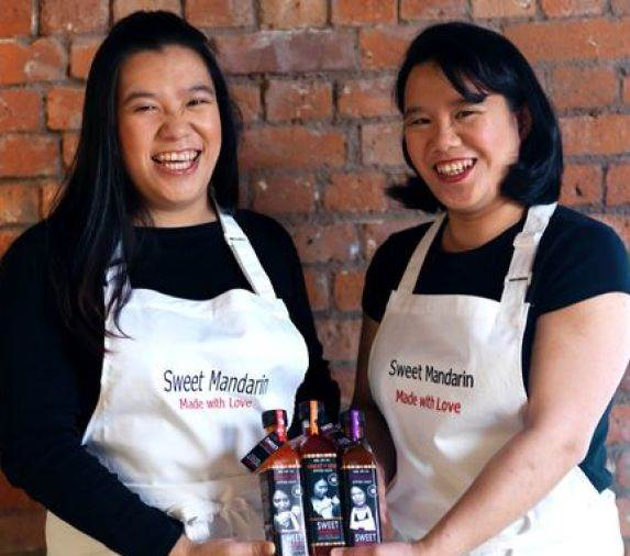 Lisa & Helen Tse
