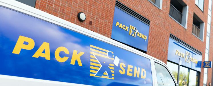 Pack & Send van